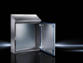 Enclosure solution tailored to the requirements of the food and beverage industry. Roof angled forwards by 30°. Seal dyed blue to clearly distinguish it from foodstuffs.
